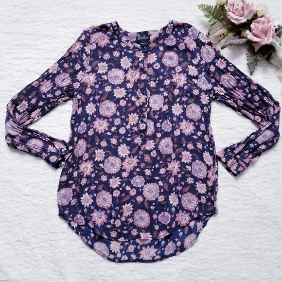 Lucky Brand Tops - Lucky Brand Floral Pullover Blouse with Buttons
